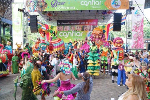 Bazar-de-la-confianza-Confiar-2017-82