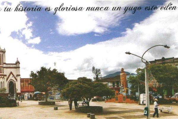 Parque-principal-de-Urrao-hoy