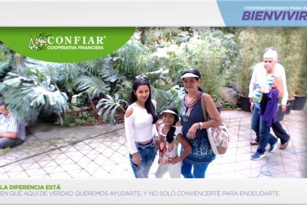 foto-bazar-de-la-confianza-2016-209
