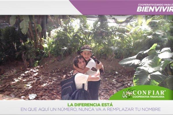 foto-bazar-de-la-confianza-2016-292