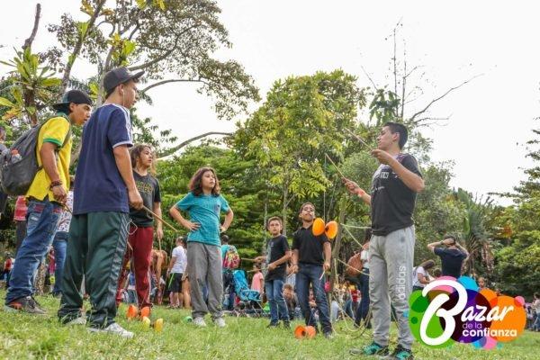 Confiar_en_la_Juventud_-Bazar_de_la_Confianza-90